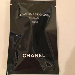 Chanel Noir Mascara. .03 ounces.